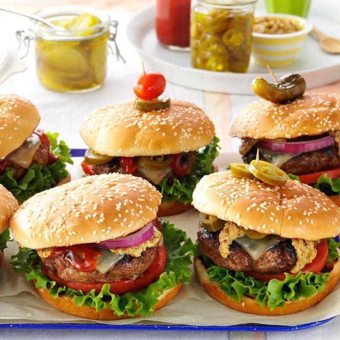 Southwestern Backyard Burgers Exps38007 Ug143377d01 23 3bc Rms 2
