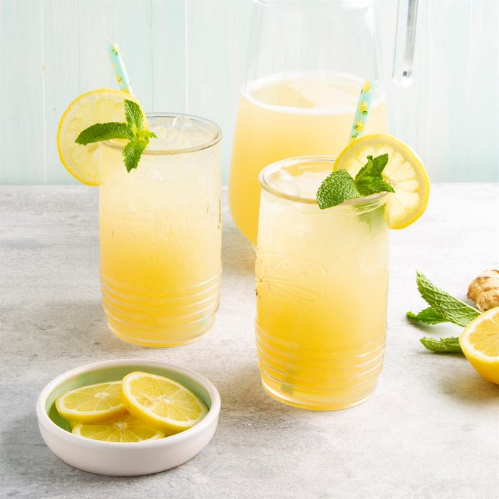 Sparkling Ginger Lemonade Exps Ft21 40142 F 0521 1
