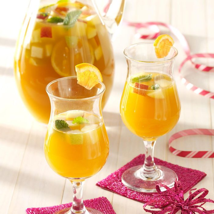 Spicy Apricot Sangria Exps131915 Thca2180111a01 10 3b Rms 2