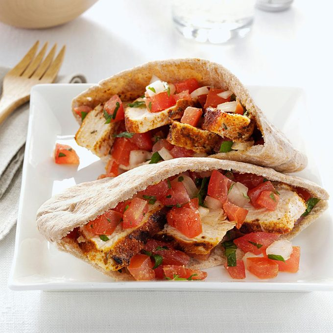 Spicy Chicken Tomato Pitas Exps44718 Sd2847494d02 15 2bc Rms 5