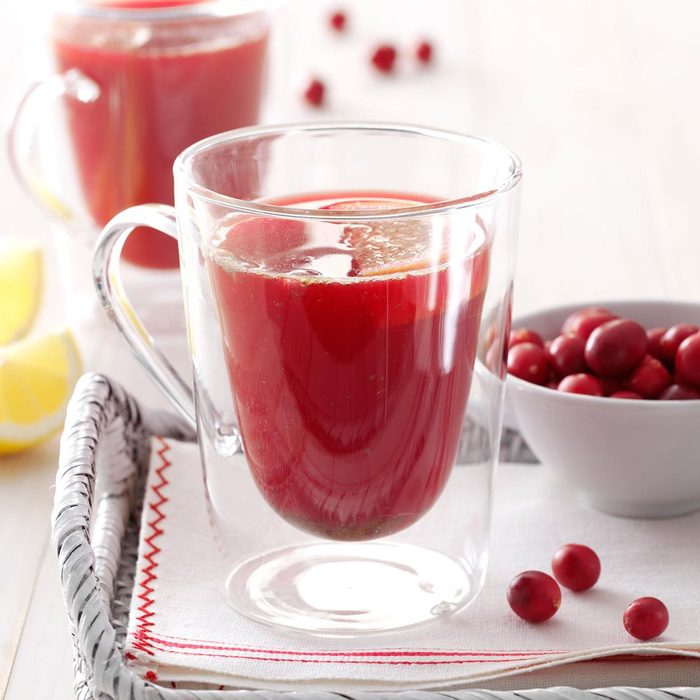 Spicy Cranberry Drink Exps21627 Bhr2739870c04 05 4bc Rms 2