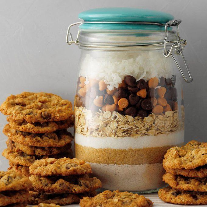 Spicy Oatmeal Cookie Mix Exps Tohca20 34344 E03 11 7b 7