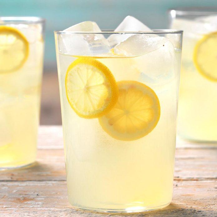 Spiked Lemonade Exps Thsum18 37199 D02 01 8b 2