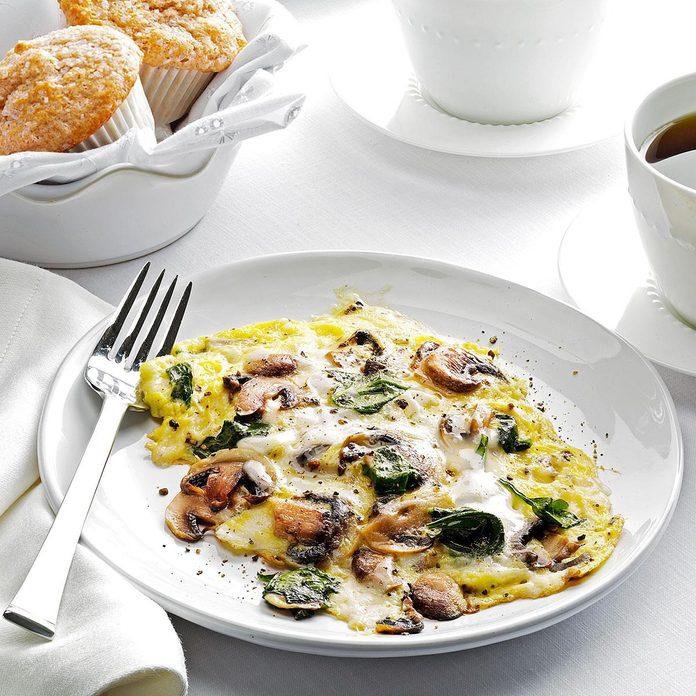 Spinach Mushroom Scrambled Eggs Exps62041 Thhc2377563b05 04 8bc Rms 4