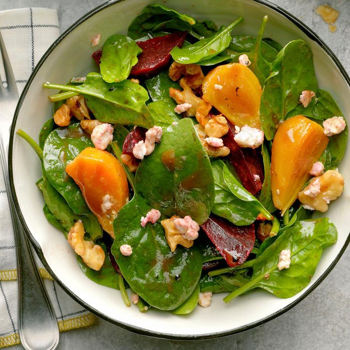 Spinach Salad with Goat Cheese and Beets
