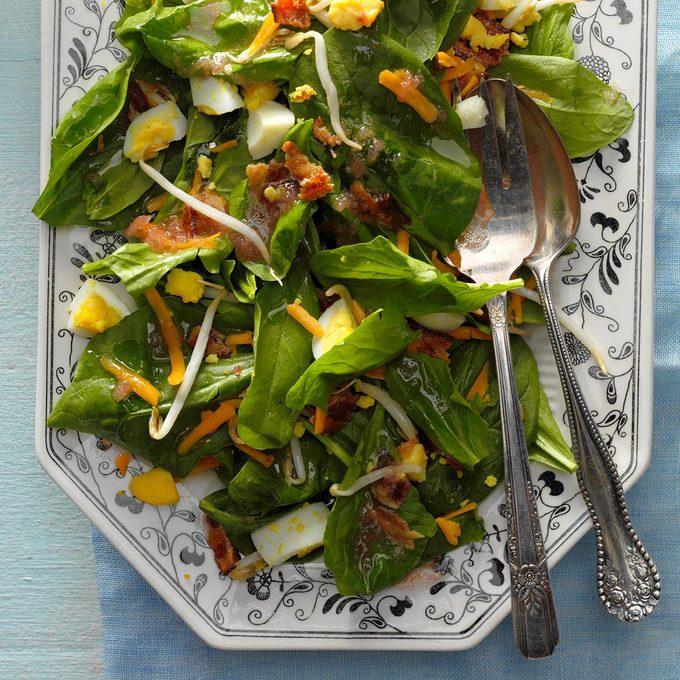 Spinach Salad With Rhubarb Dressing Exps Cwam18 8428 B12 13 6b