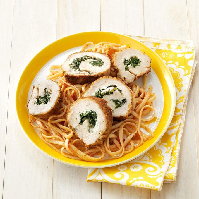 Spinach Stuffed Chicken With Linguine Exps151668 Sd2401786c02 09 5b Rms 2