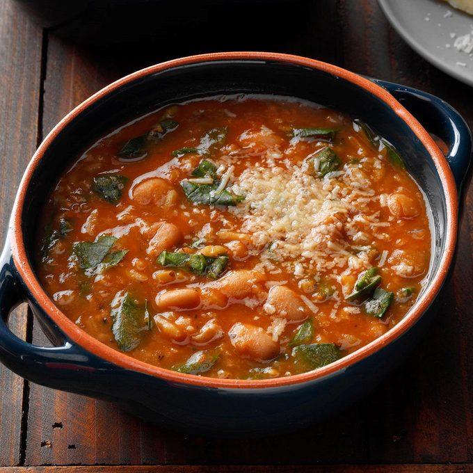 Spinach White Bean Soup Exps Sdjf19 44990 B10 17 1b 5