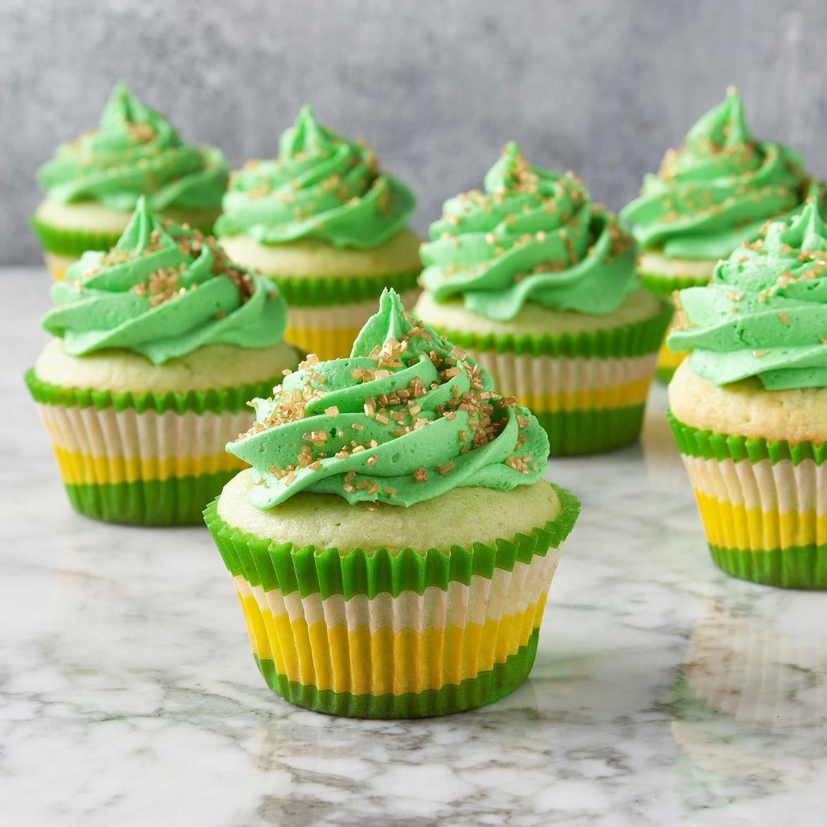St Patrick S Day Cupcakes Exps Ft19 11917 F 1025 1 2