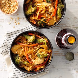 Stir Fry Chicken Lo-Mein
