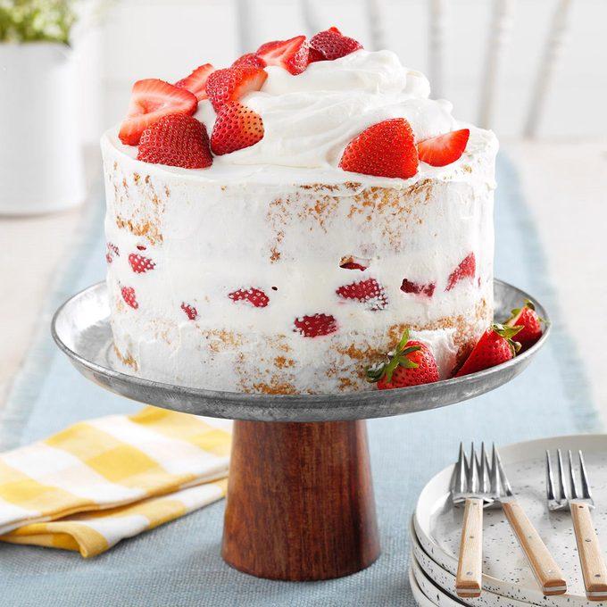 Strawberry Mascarpone Cake Exps Ffdrdtb21 78863 E04 08 3b