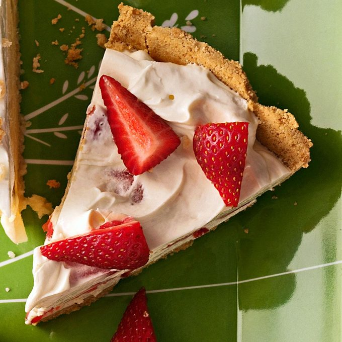 Strawberry Pies Exps37313 Sd2235817d04 22 1bc Rms 2