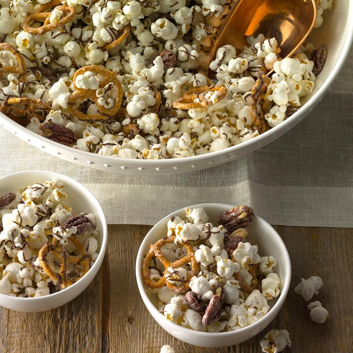 Wisconsin: Striped Chocolate Popcorn