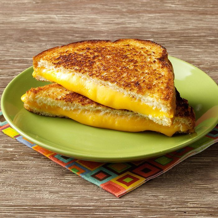 Super Grilled Cheese Sandwiches Exps39652 Tohcs2321916b06 14 3b Rms