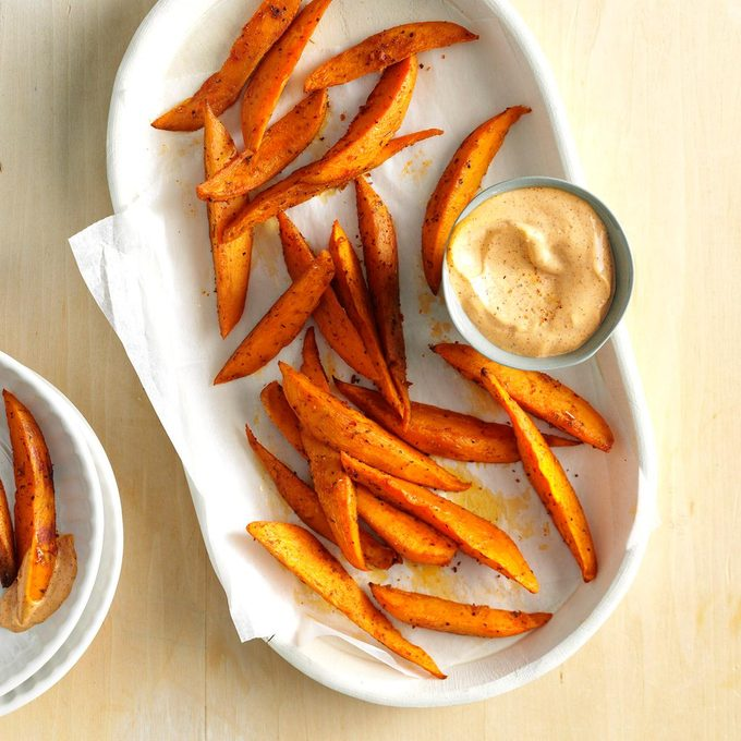 Sweet Potato Wedges With Chili Mayo Exps Sdon16 46129 B06 03 2b 2