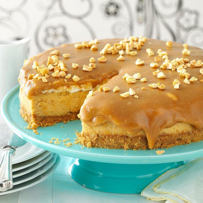 Sweet & Salty Peanut Butter Cheesecake