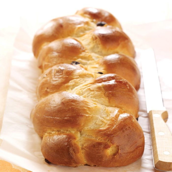 Sweet And Golden Easter Bread Exps39008 Hca2081250a03 01 3bc Rms 9