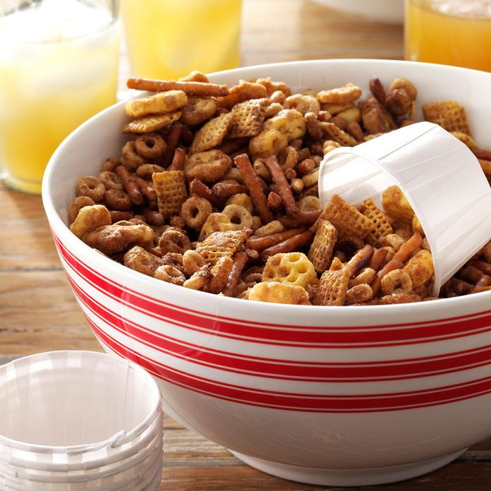 Sweet 'n' Salty Party Mix