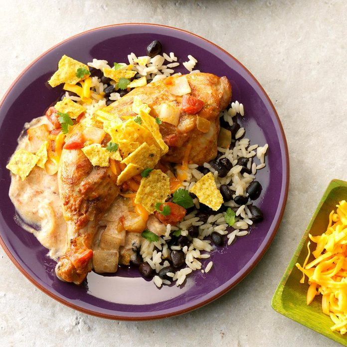 Tex Mex Chicken With Black Beans Rice Exps Chkbz18 82324 C10 25 5b 4