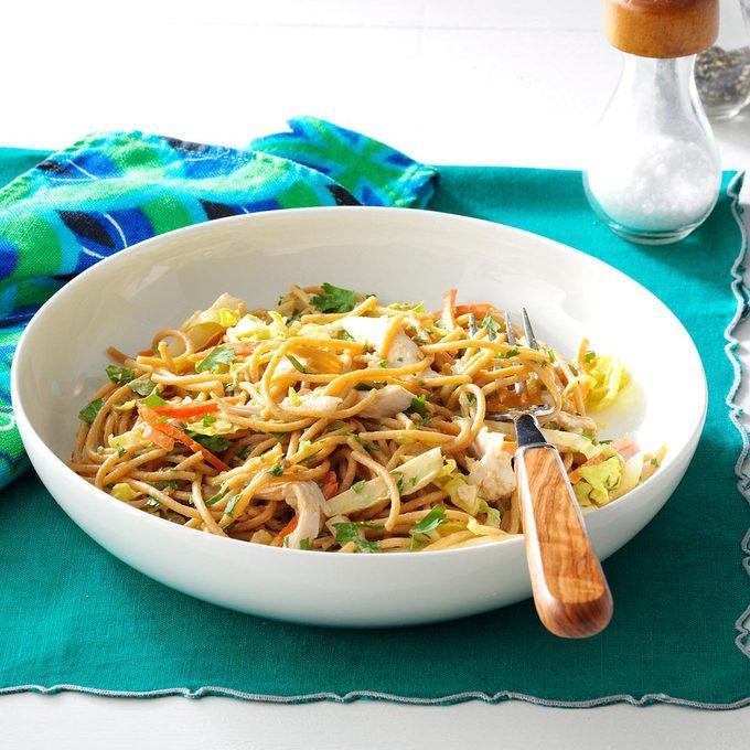 Thai Chicken Pasta Salad Exps43672 Cw143041d01 10 3bc Rms 5