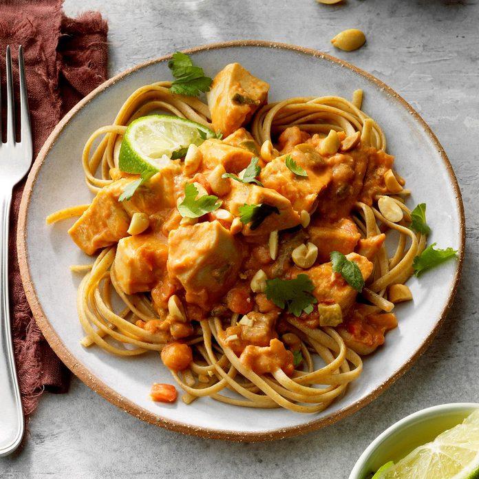 Thai Chicken Pasta Exps Cf2bz20 46348 E12 05 3b 5