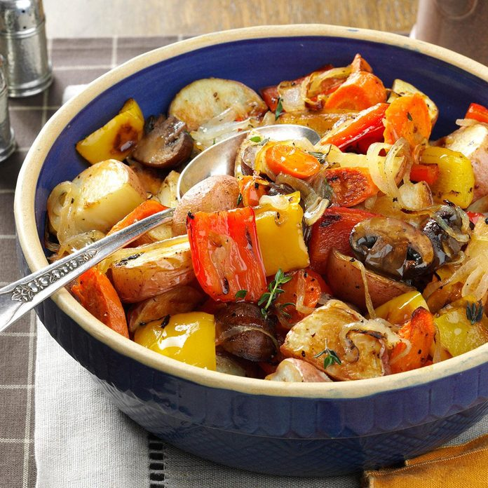 Thyme Roasted Vegetables Exps173414 Th133086b07 18 3bc Rms 2