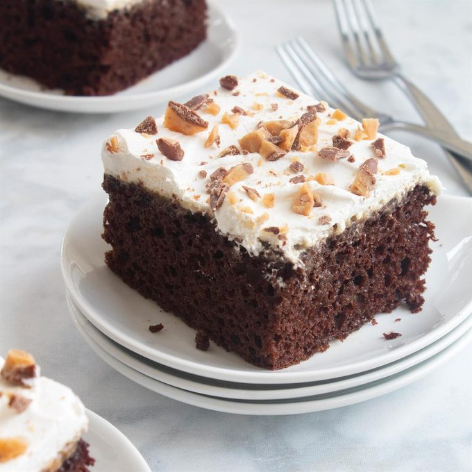 Toffee Poke Cake Exps Ft20 43286 F 0427 1 Home 5