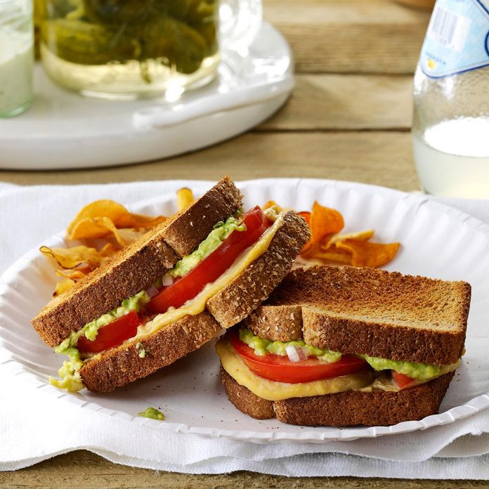 Tomato Avocado Sandwiches Exps144054 Sd143205a01 31 4bc Rms 3