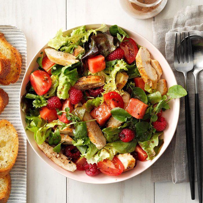 Tomato Melon Chicken Salad Exps Fttmz19 86278 E03 15 4b Rms