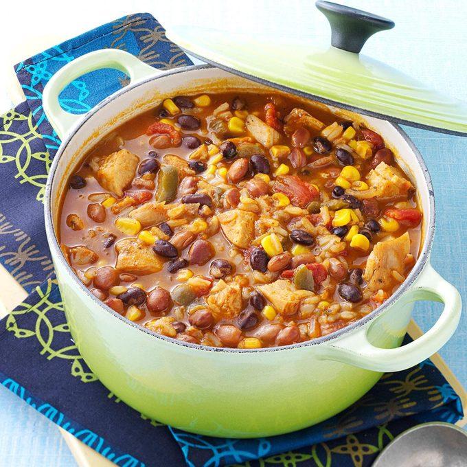 Tortilla Chicken Bean Soup Exps35005 Omrr2777383d06 04 3bc Rms 5