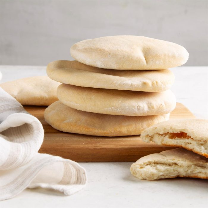 Traditional Pita Bread Exps Ft21 15713 F 0225 1