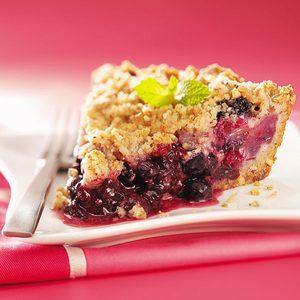 Triple-Berry Crumb Pie