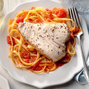 Tuna Steak on Fettuccine