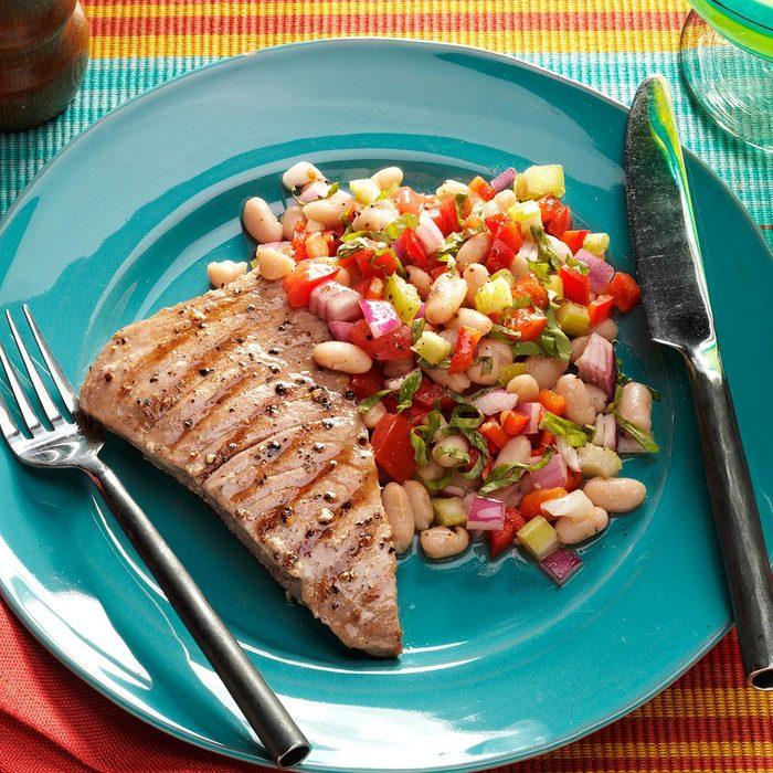 Tuna With Tuscan White Bean Salad Exps146914 Sd2401786b02 10 1bc Rms