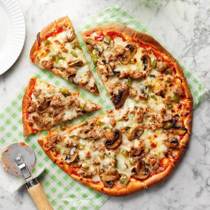 Turkey Sausage Pizza Exps Cwmas19 167746 E04 04 6b 3