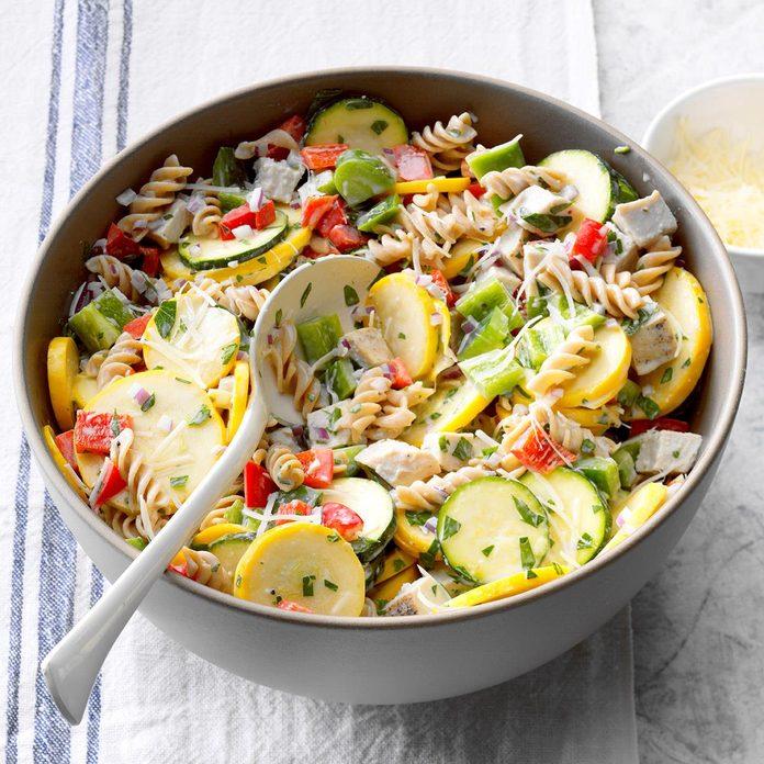 Turkey And Pasta Ranch Salad Exps Sdas17 187440 B04 04 7b 2