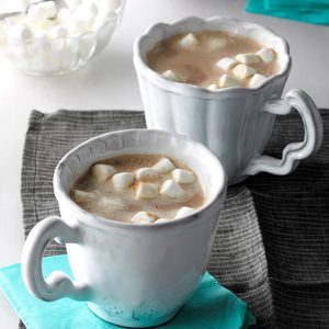 Vanilla Almond Hot Cocoa