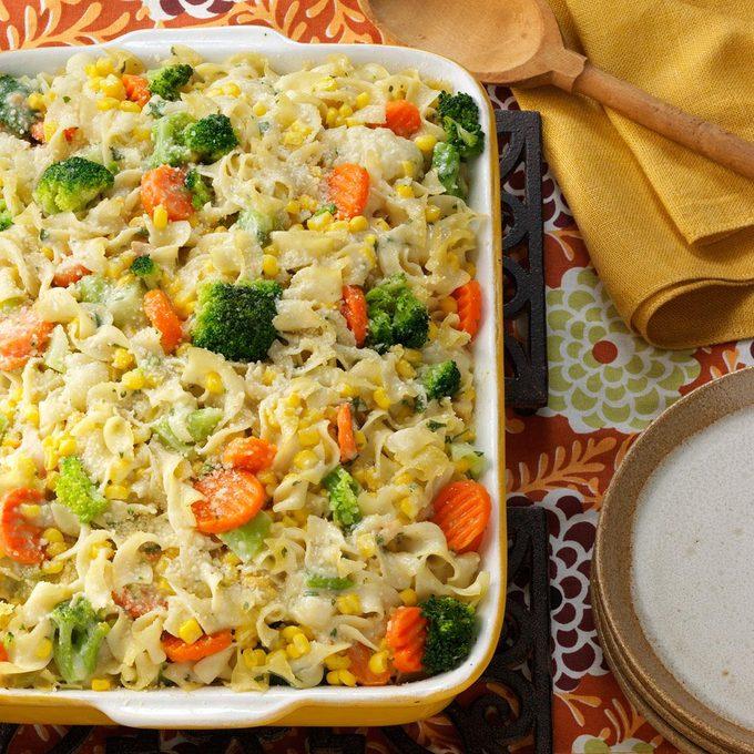 Vegetable Noodle Casserole Exps1332 Scsc2049313d09 28 3bc Rms