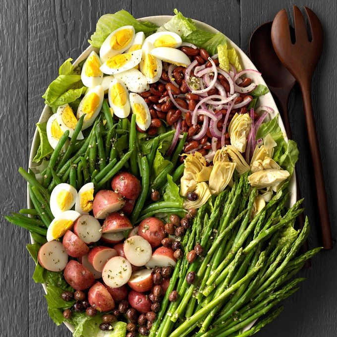 Veggie Nicoise Salad Exps Lsbz18 133577 C01 19 5b 12