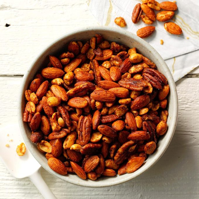 Warm Spiced Nuts Exps Thd18 45834 E08 01 11b 6