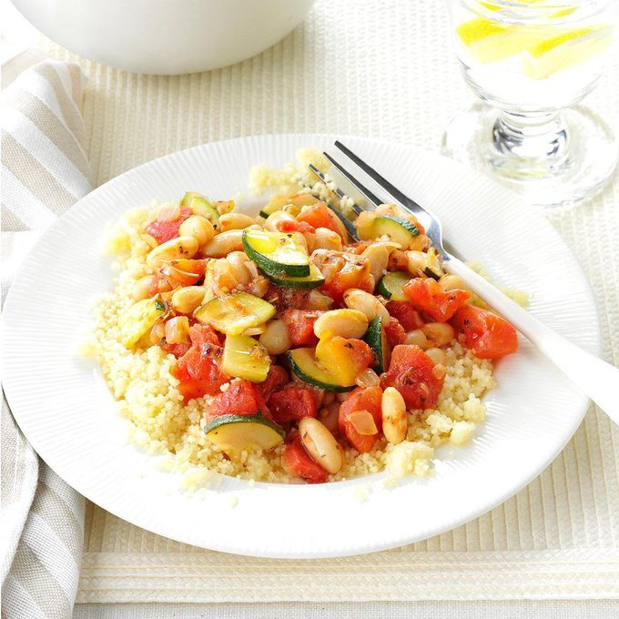 White Beans And Veggies With Couscous Exps38400 Sd143206b04 01 4bc Rms 9