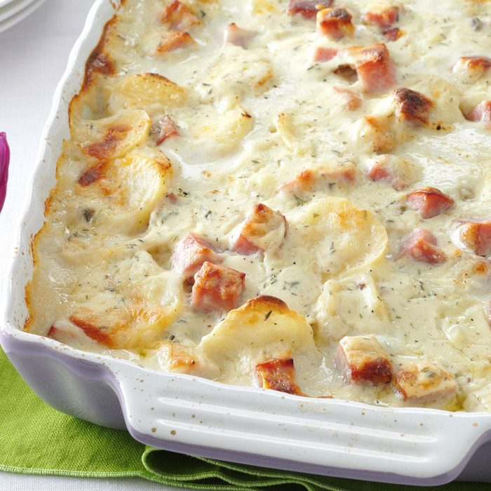 White Cheddar Scalloped Potatoes Exps29599 Th143191d11  13 9bc Rms 2