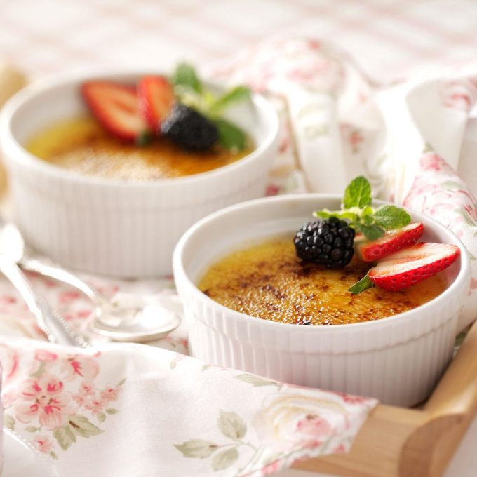 White Chocolate Creme Brulee Exps28744 Cft1191211c05 16 3b Rms 1