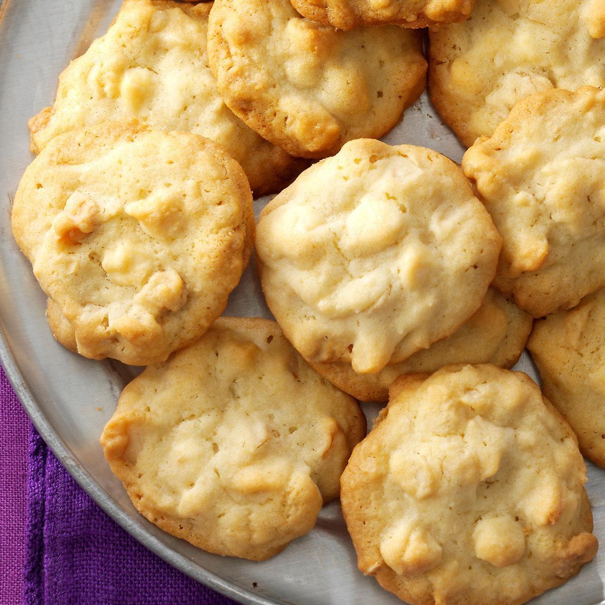 White Chocolate Macadamia Cookies Exps11164 Sd143204c12 06 2bc Rms 2