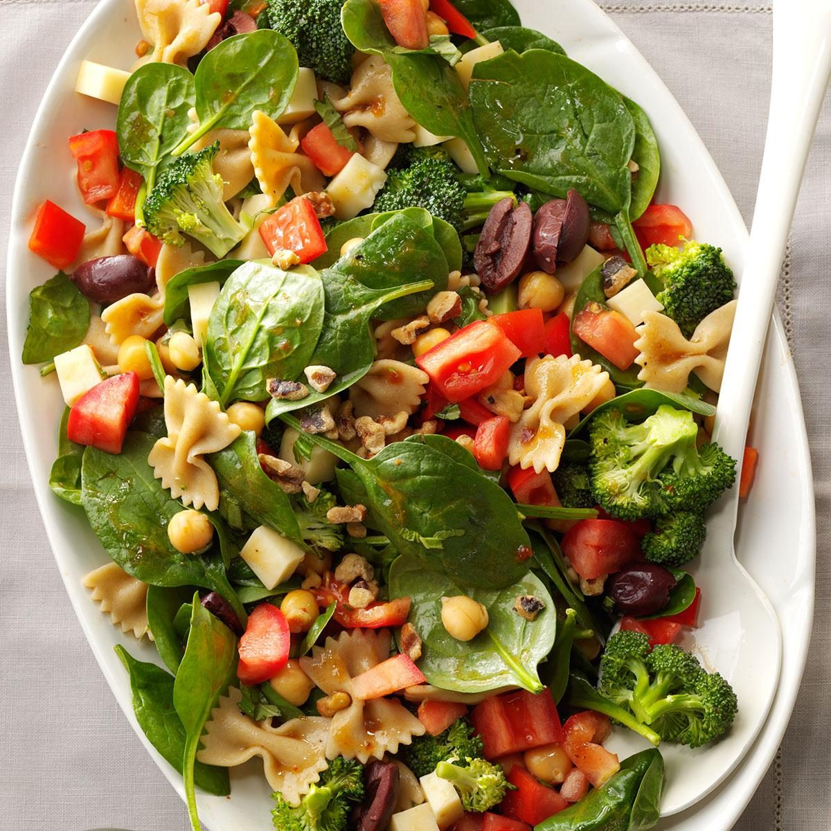 Montana: Bow Tie & Spinach Salad