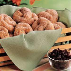 Cinnamon-Raisin Soft Pretzels