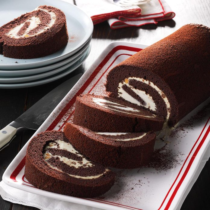 Day 23: Peanut Butter-Chocolate Cake Rolls
