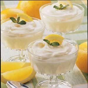 Fast Light Lemon Mousse