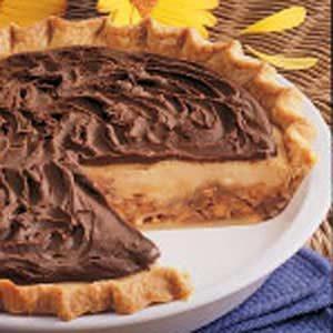 Creamy Candy Bar Pie