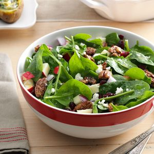 Spinach, Apple & Pecan Salad